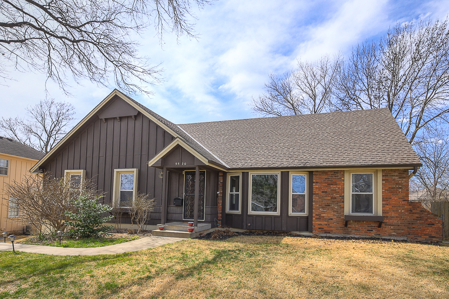 9520 Connell Drive, Overland Park, KS