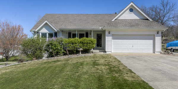 Home for Sale De Soto