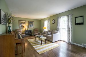 homes for sale overland park 6601 W 77th Street