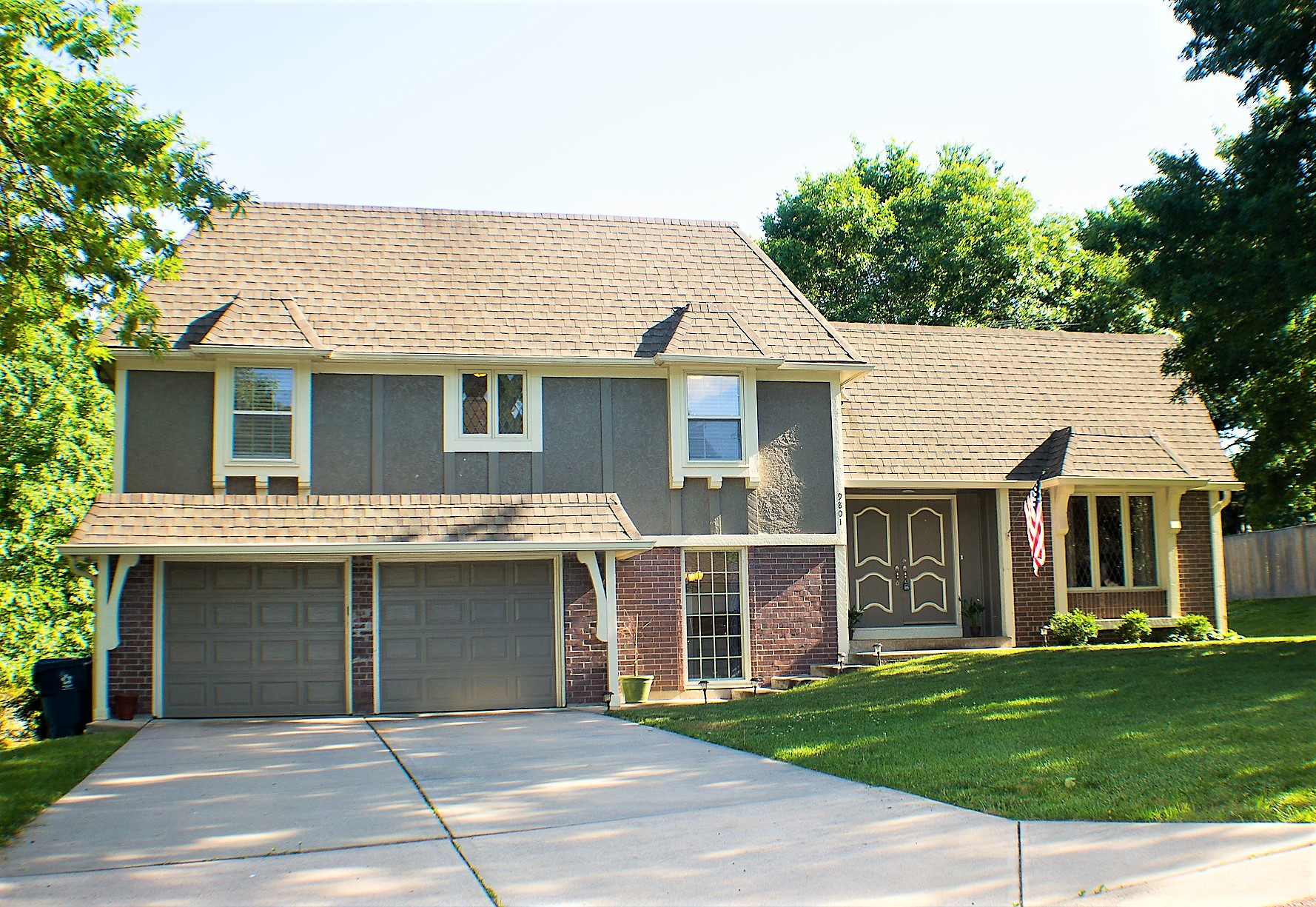 Overland Park Homes For Sale NEW Listing At 9801 W 104th